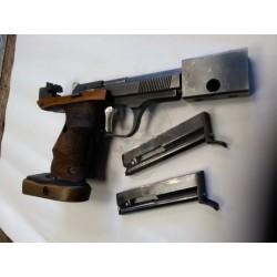 Pistolet Unique DES-69 22lr