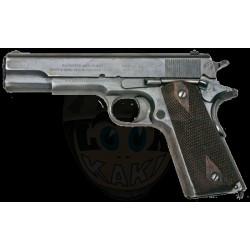 Pistolet automatique .45...
